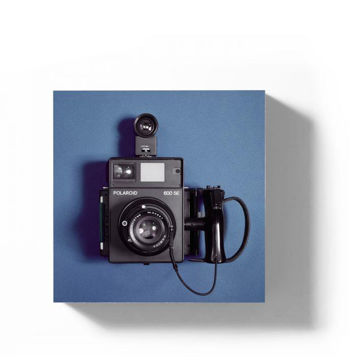 Holzbild Polaroid 600SE blau 1
