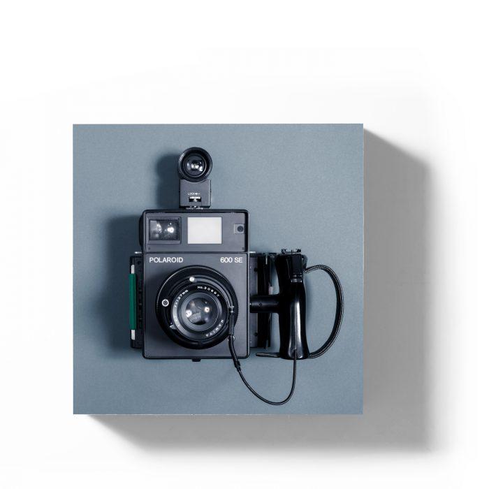Holzbild Polaroid 600SE taubenblau 1